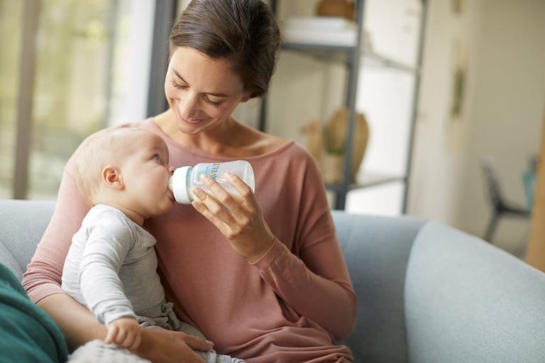 El mejor biberón para recién nacido