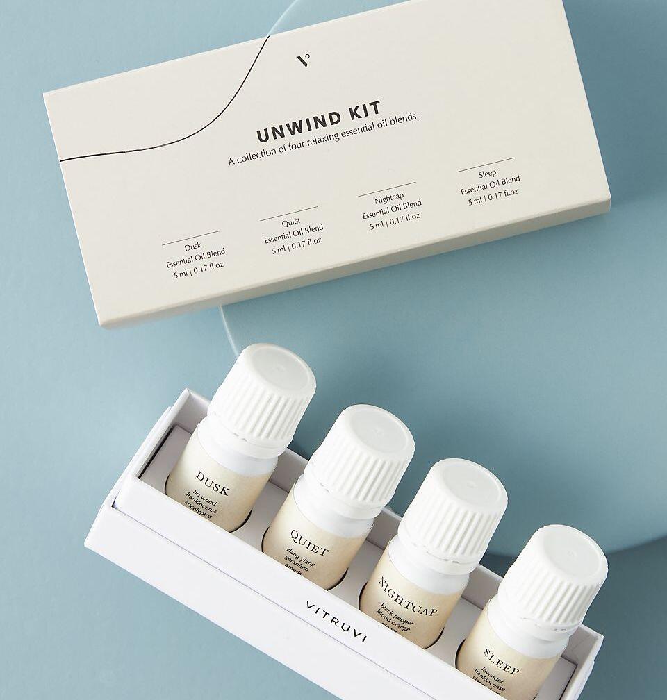 Vitruvi Unwind Essential Oils Kit